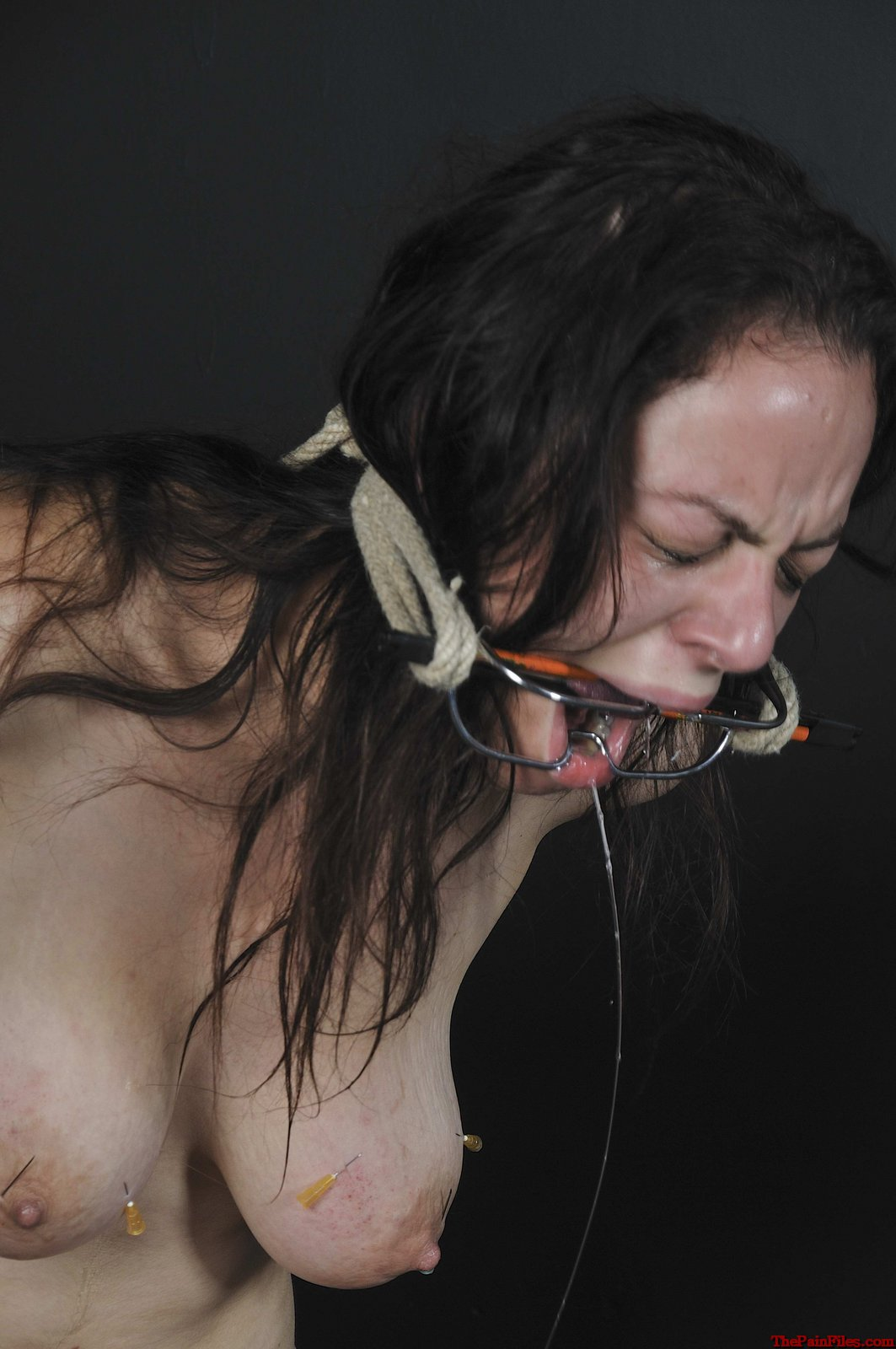 Amateur slave beauvoirs extreme tit torture and electro bdsm 7